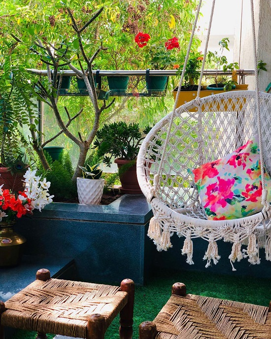 20 Beautiful Indian Balcony Garden ideas! • India Gardening